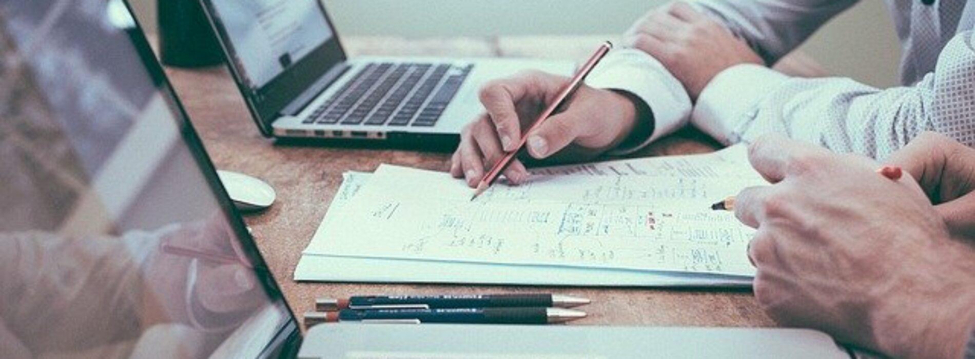 Jaki jest najlepszy sposób na znalezienie pracy w czasie wakacji?