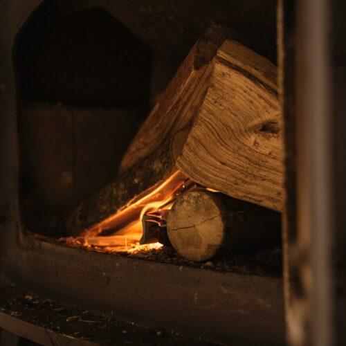 Co jest lepsze: drewno czy brykiet?